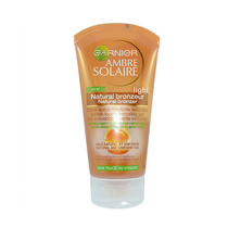 Garnier Ambre Solaire Natural Bronzer Bronzing Gel Light 150ml